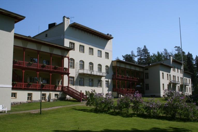 Отель Круунупуйсто (Kruunupuisto)