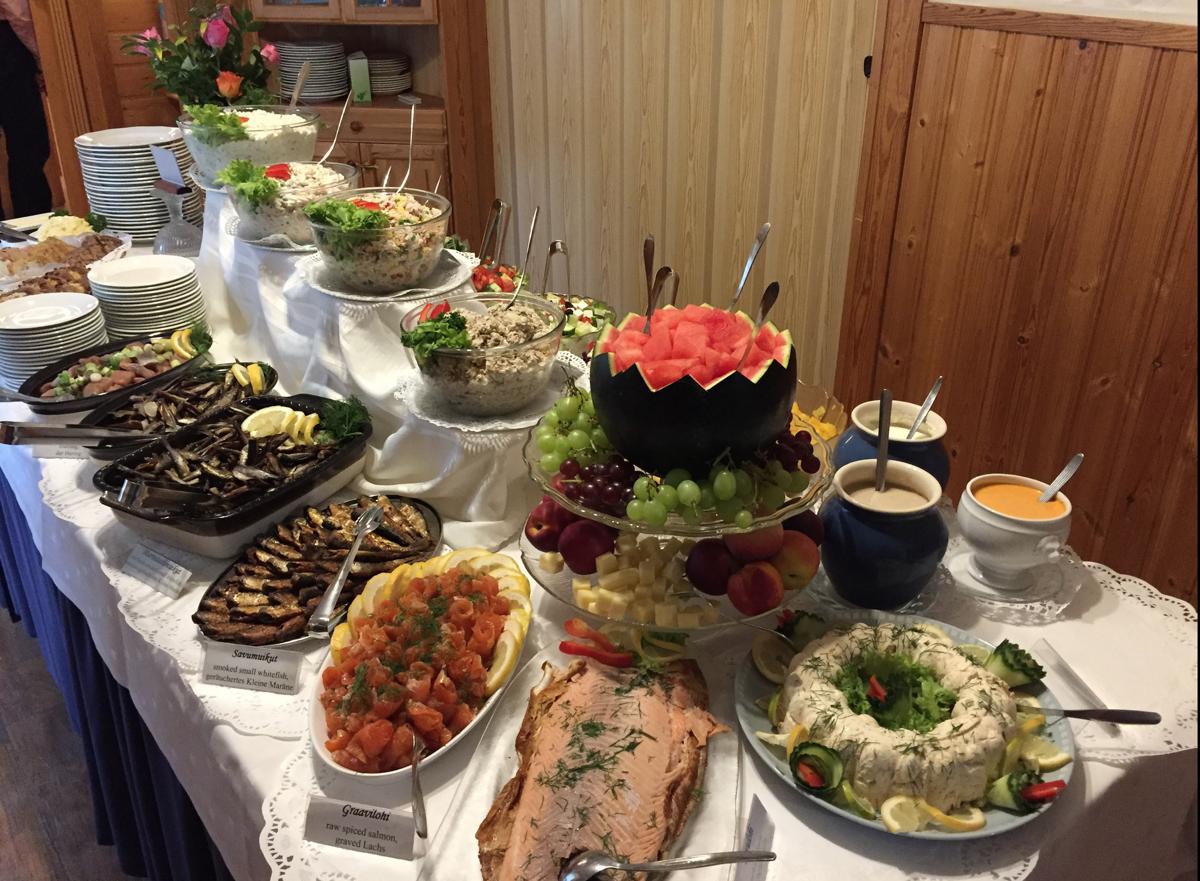 Ateriapalvelut – Tynkkylän Lomaniemi