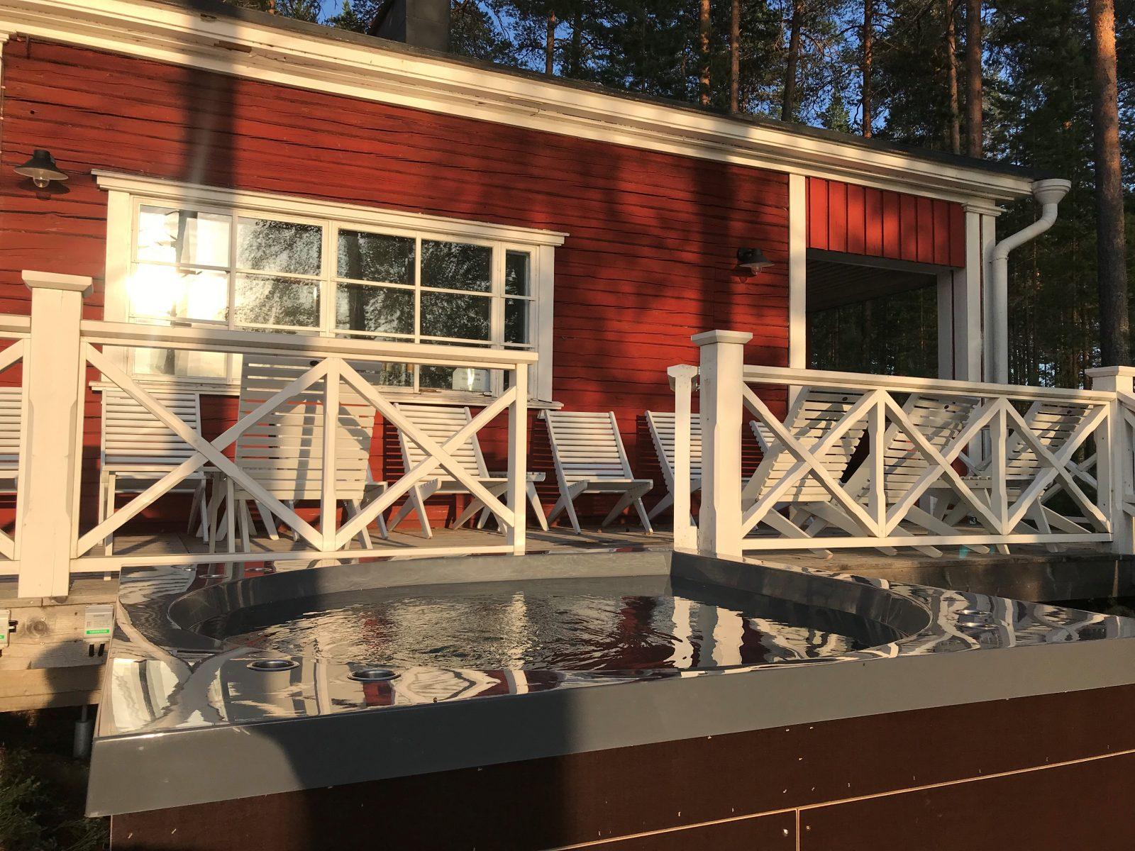 Hotelli Punkaharjun sauna ja ulkoporeamme