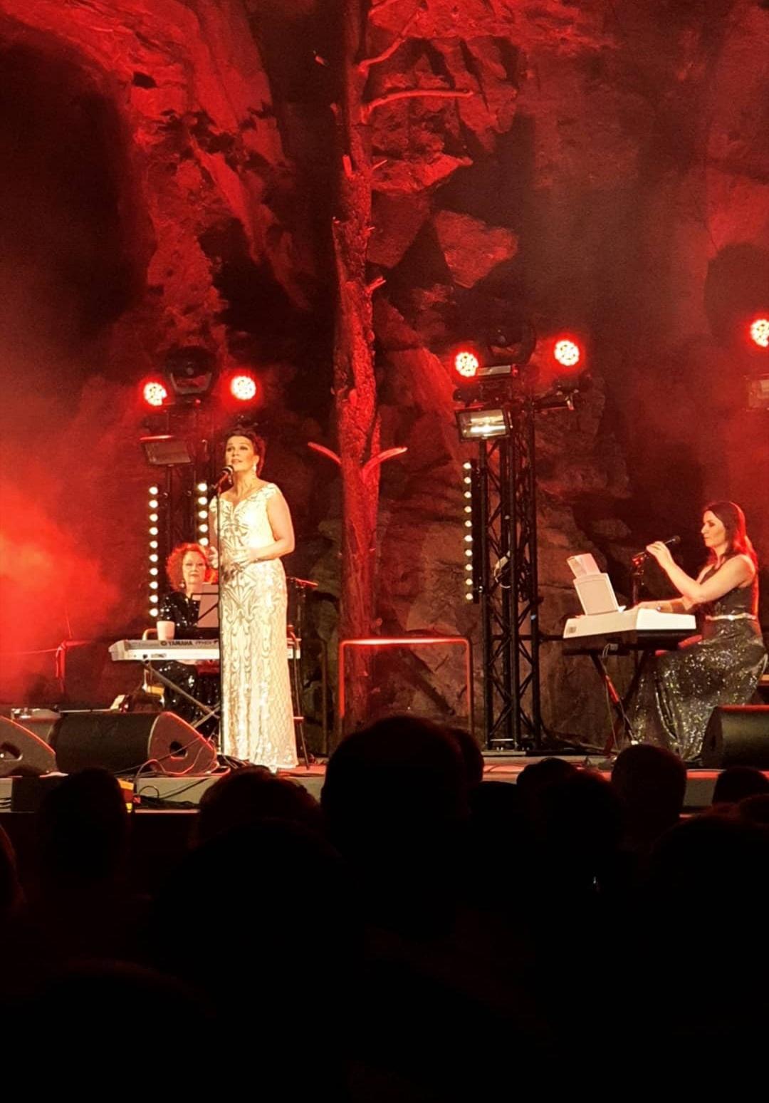 Arja Korisevan joulukonsertti 12.12.